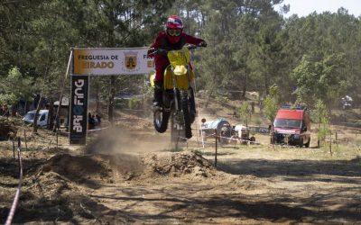 Prova de Motocross em Eirado